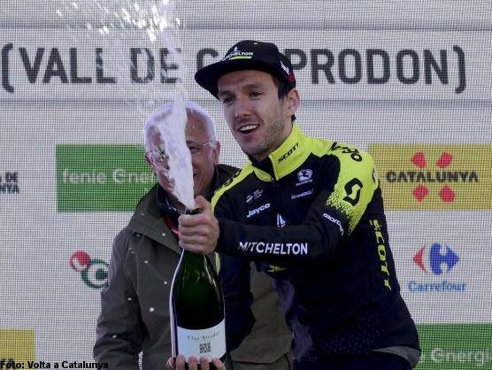 Tres colombianos se acercaron al liderato en la Vuelta a Catalunya