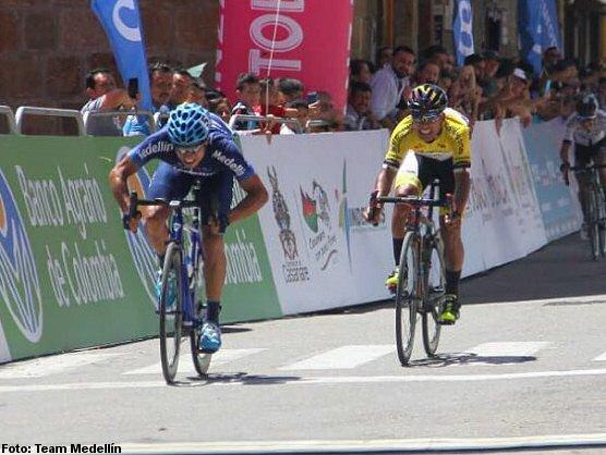Oyola se lleva la segunda etapa de la Vuelta a Colombia