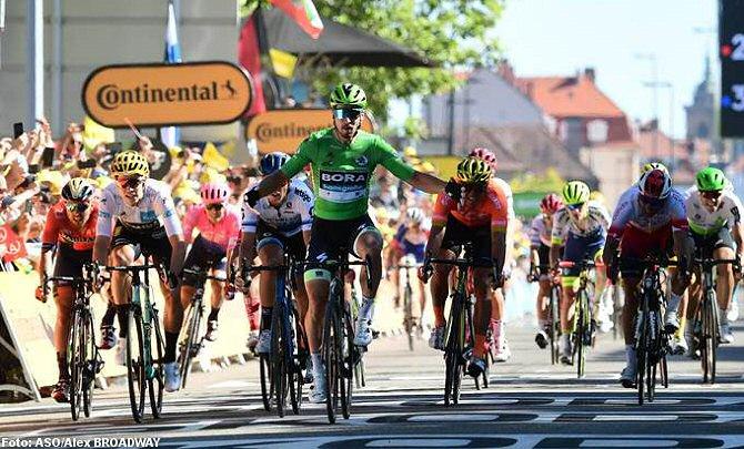 Sagan gana la quinta etapa