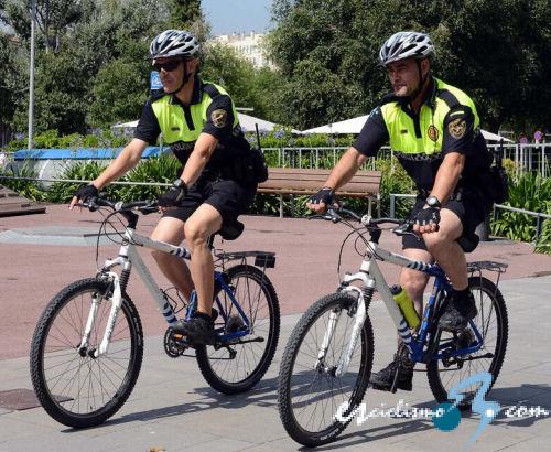Sant cugat del vall s incorpora la bicicleta a su polic a - Temperatura actual en sant cugat del valles ...